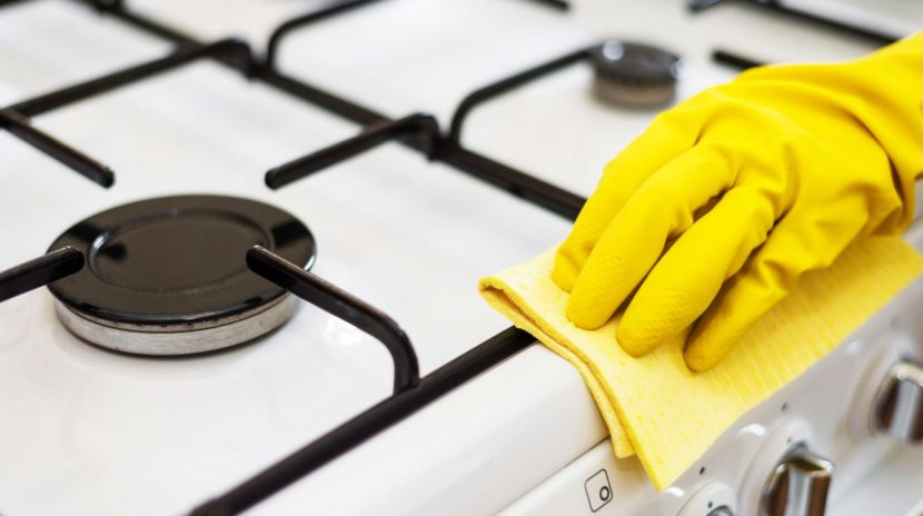 Deep Cleaning Glass stove top